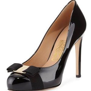 ⭐️ Salvatore Ferragamo Vara High Heel Bow Pump